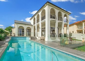 Homes with Pool for Sale in Las Vegas 2