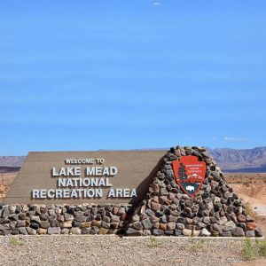 lake-mead-sign-david-lee-thompson
